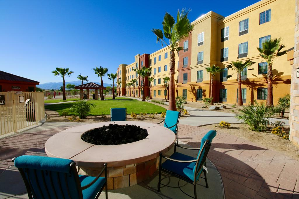 Staybridge Suites Cathedral City 12