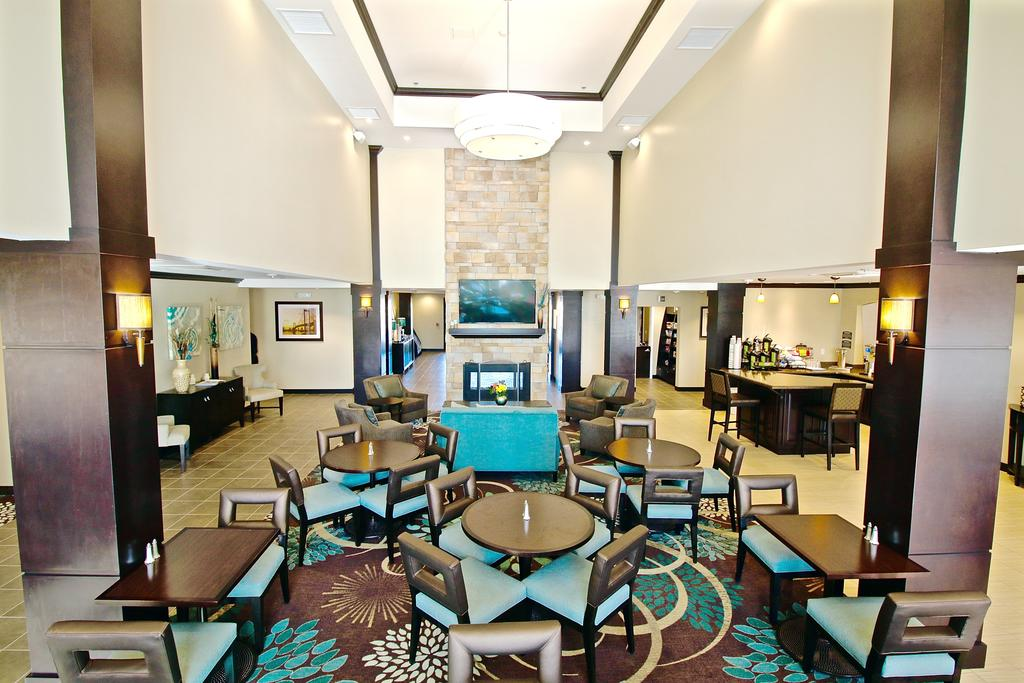 Staybridge Suites Cathedral City 2