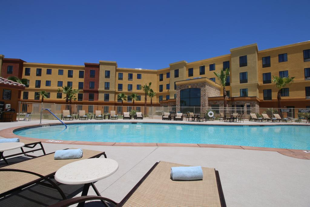 Staybridge Suites Cathedral City 4