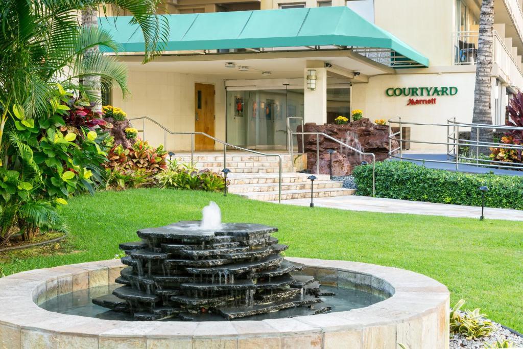 Courtyard by Marriott Waikiki Beach 3