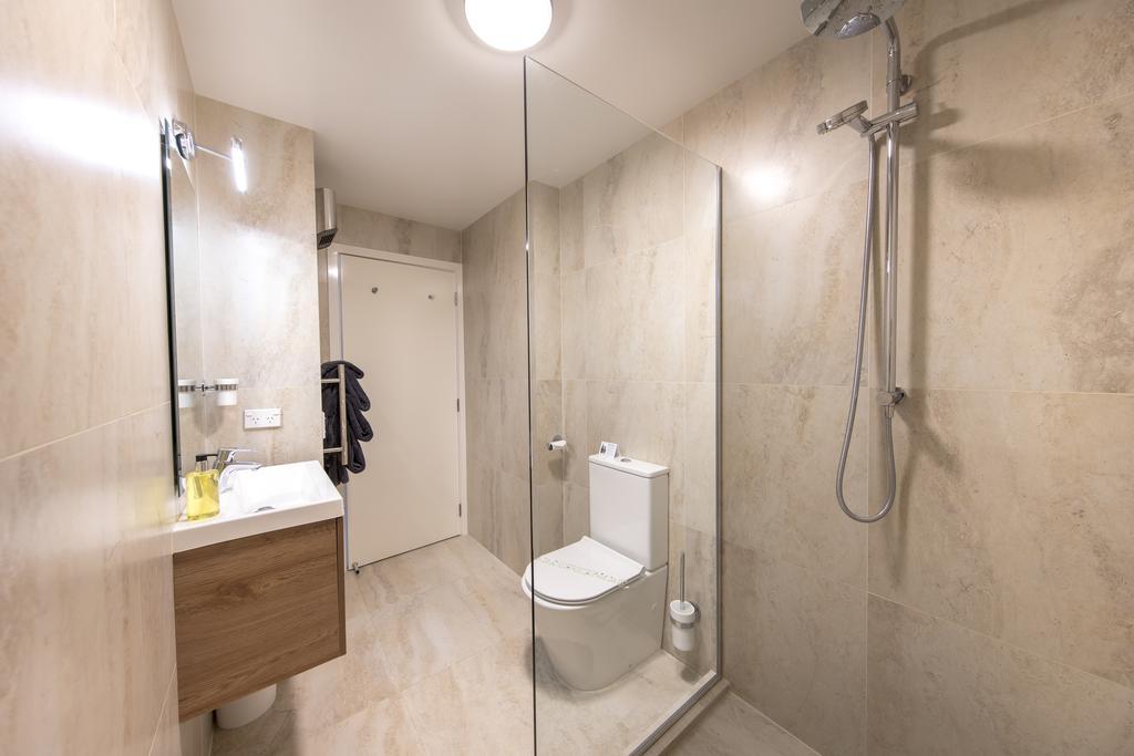 Lomond Lodge Motel & Apartments 10