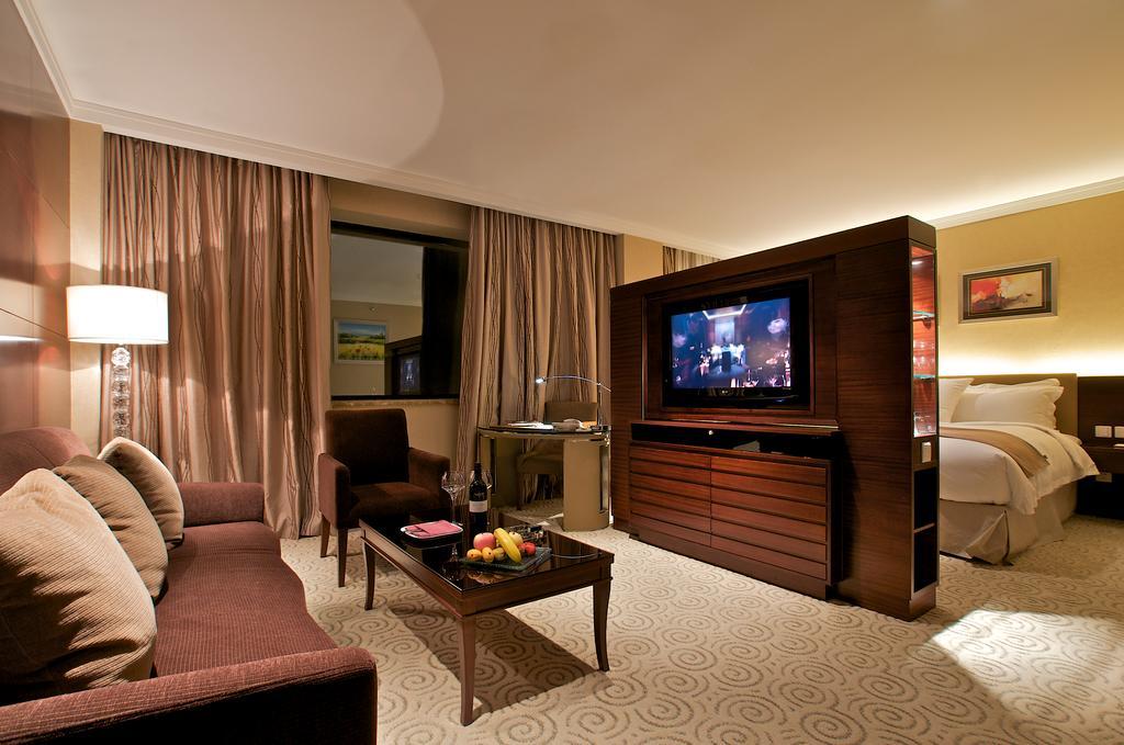 Millennium Hotel Chengdu, Chengdu 5
