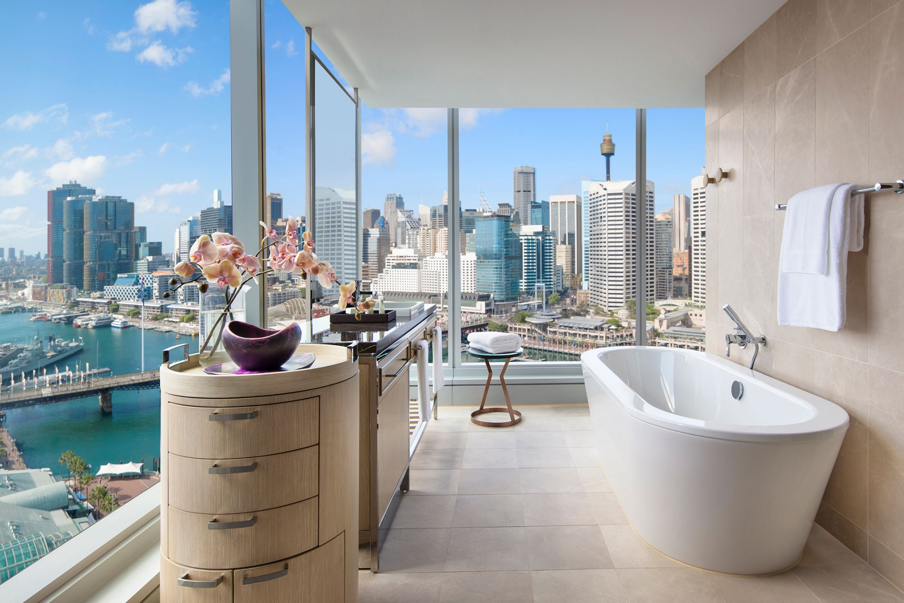 Sofitel Sydney Darling Harbour 4