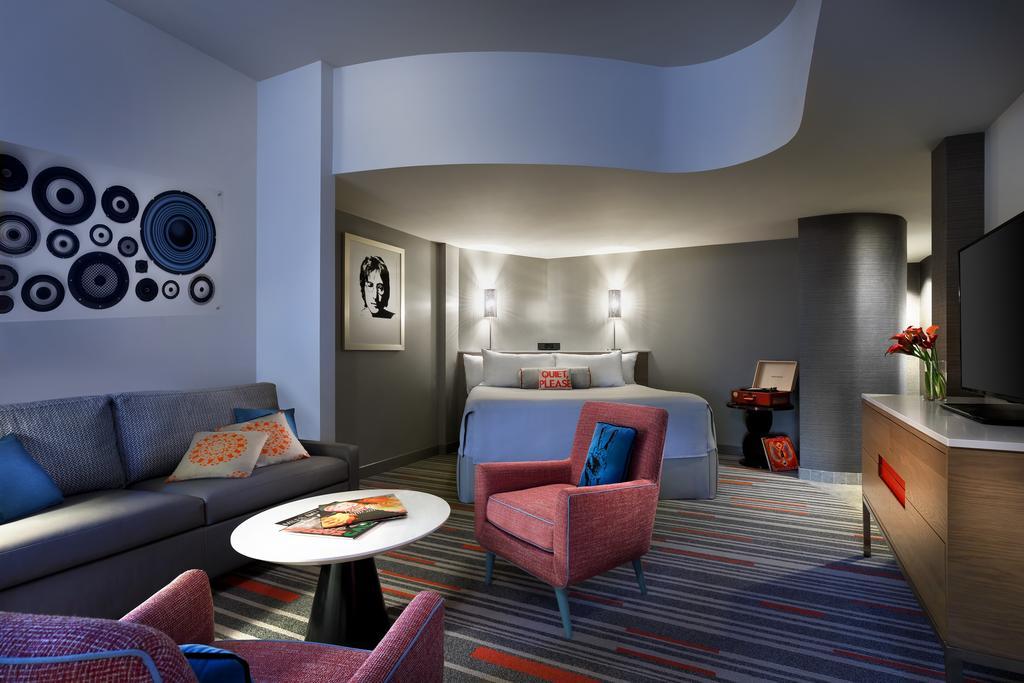 Universal's Hard Rock Hotel 5