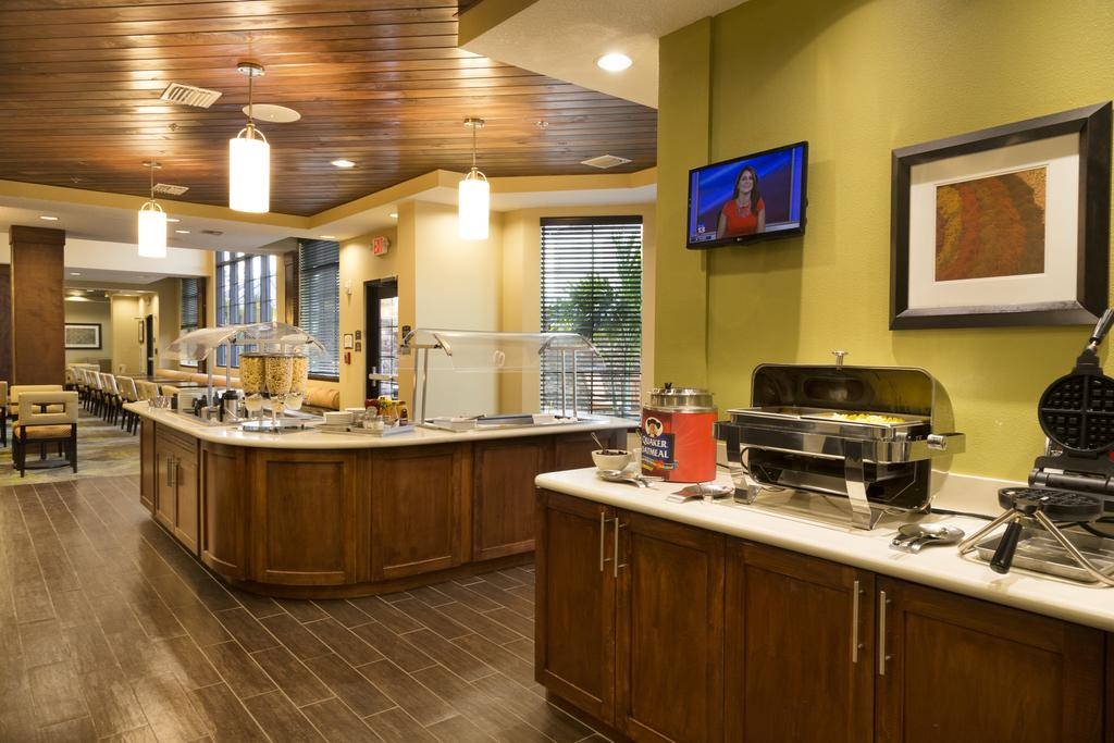 Staybridge Suites Orlando at SeaWorld 10