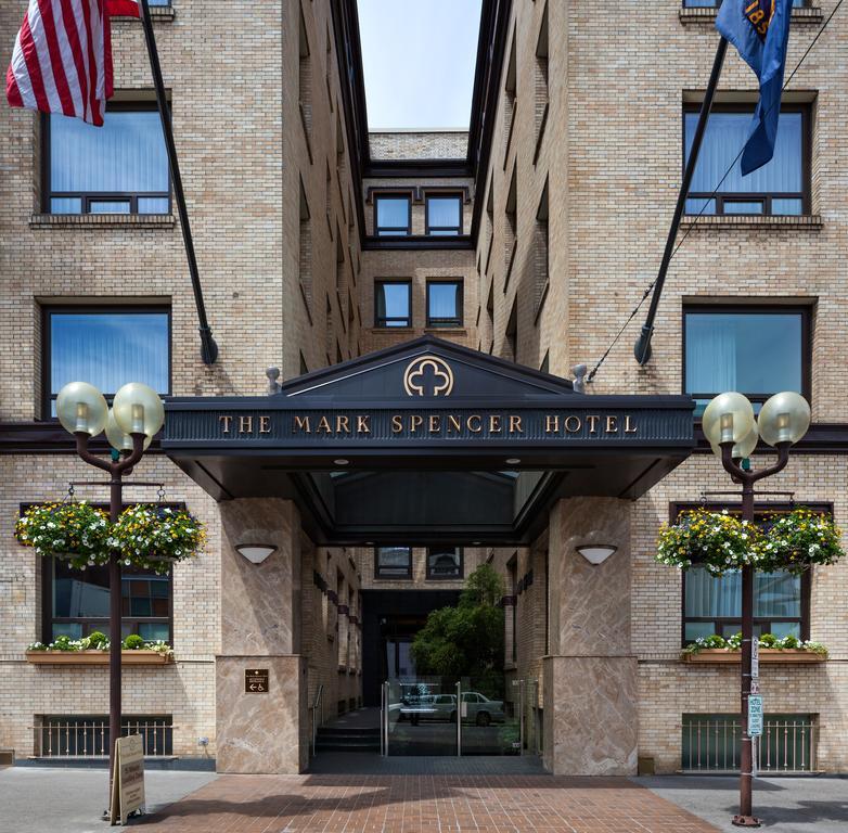 Mark Spencer Hotel 10