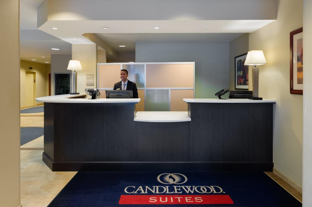 Candlewood Suites NYC -Times Square 2