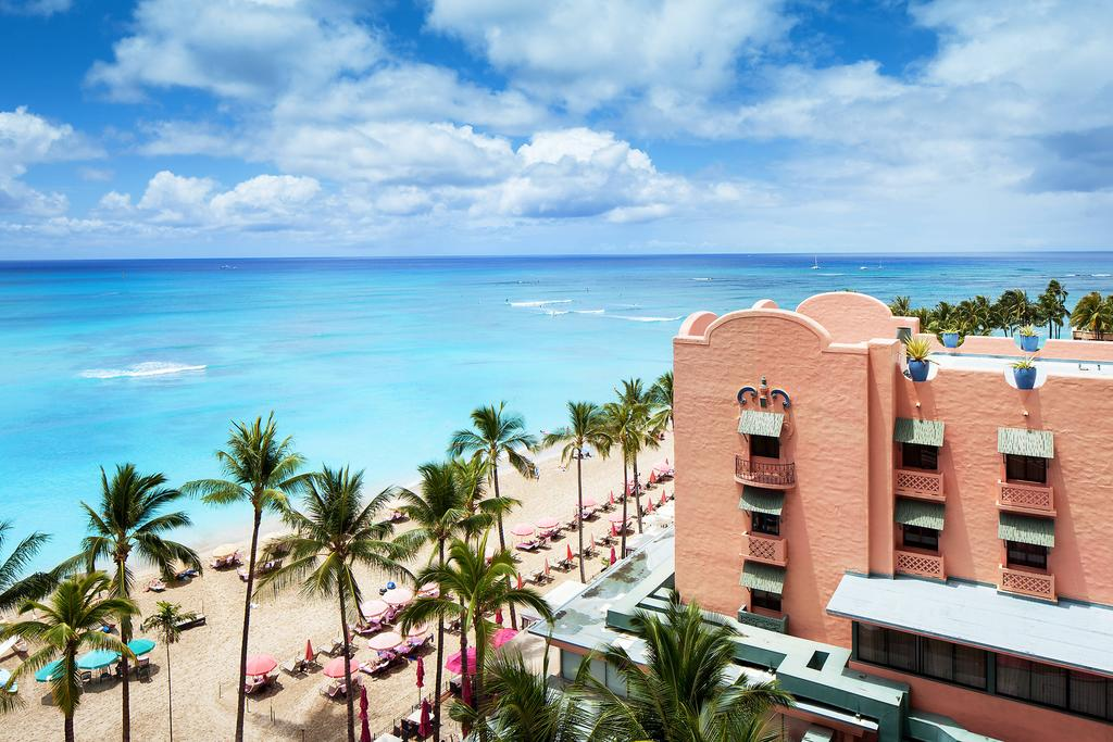 The Royal Hawaiian, a Luxury Collection Resort 3