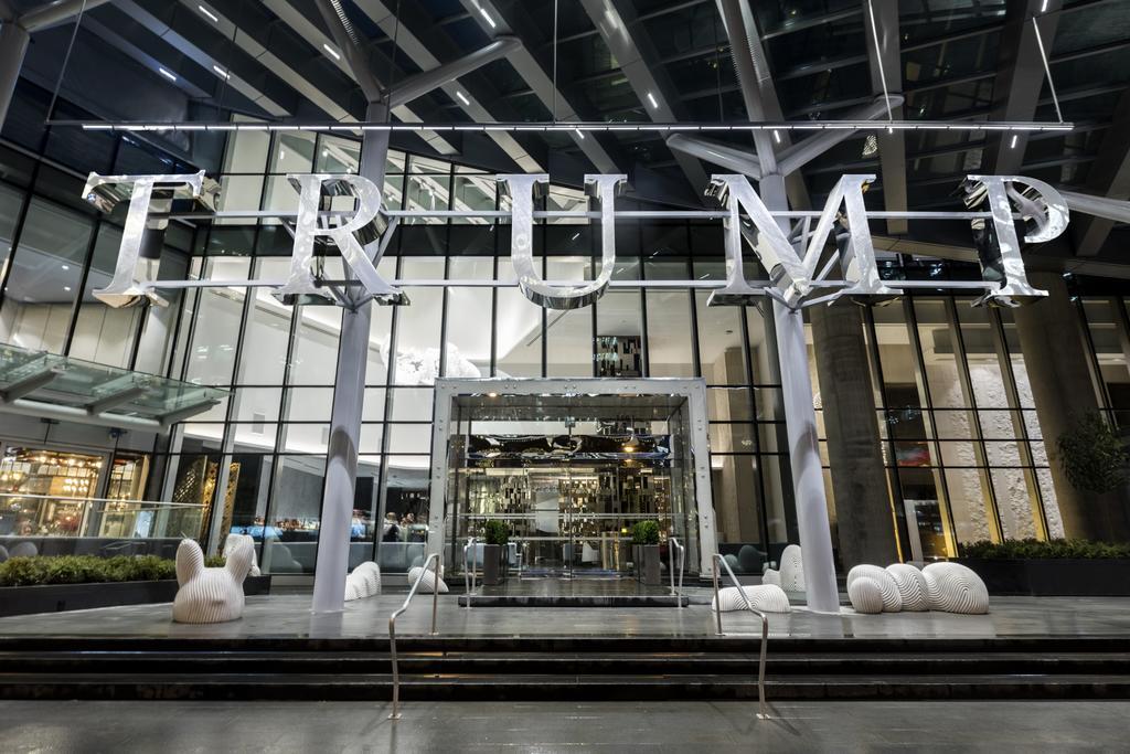 Trump International Hotel & Tower Vancouver  3
