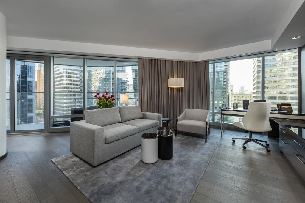 Trump International Hotel & Tower Vancouver  6