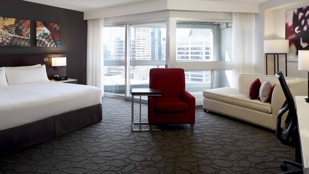 Delta Hotels by Marriott Montreal, Montreal 10