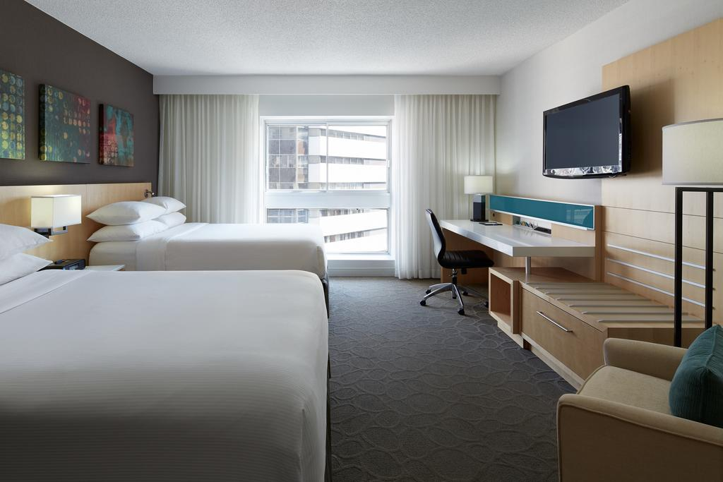 Delta Hotels by Marriott Montreal, Montreal 11