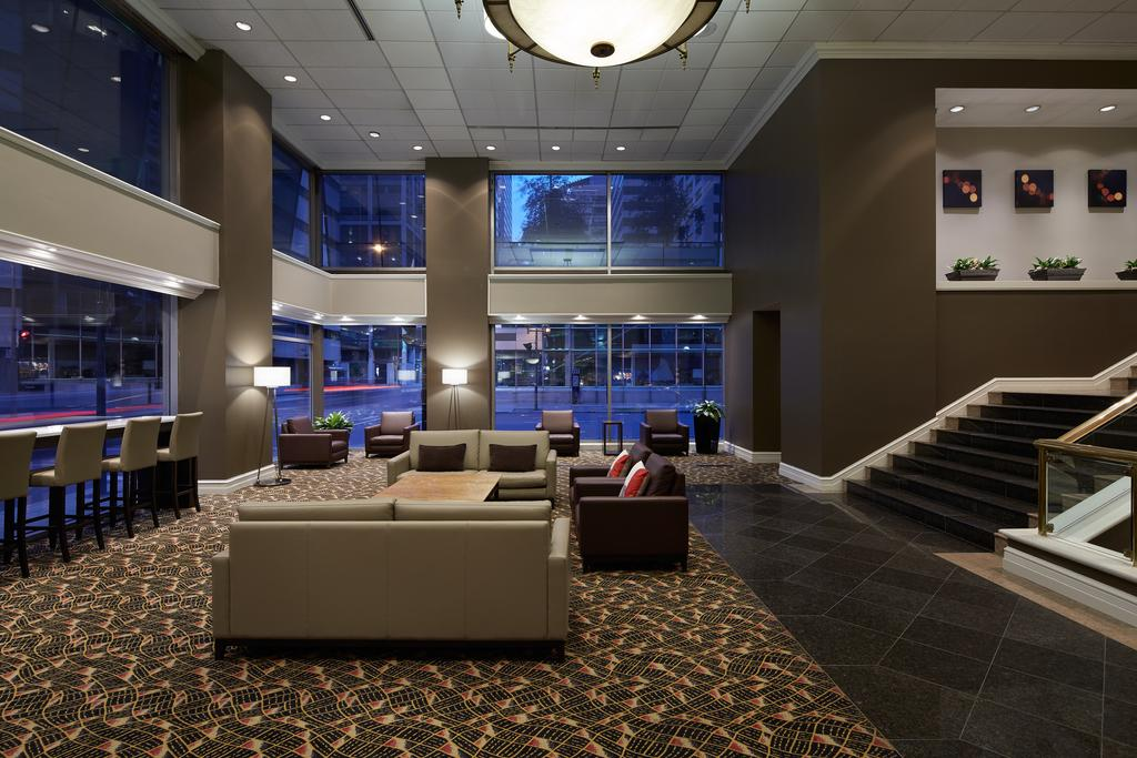 Delta Hotels by Marriott Montreal, Montreal 2