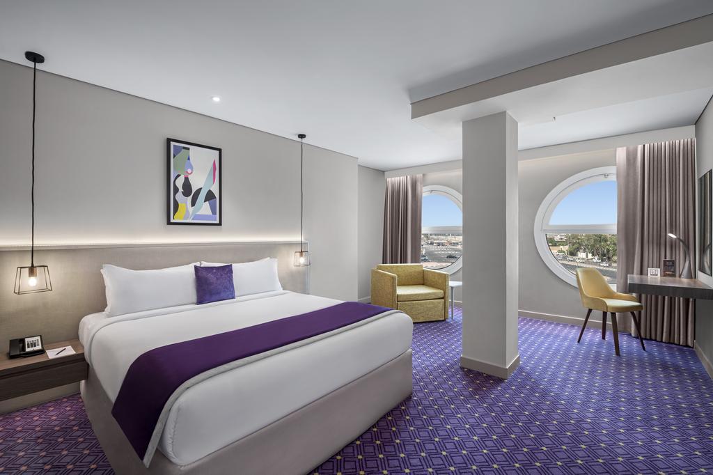 Leva Hotel and Suites, Mazaya Centre 8