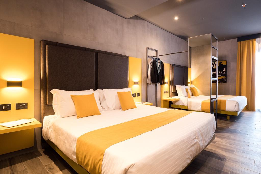 J24 Hotel Milano 4
