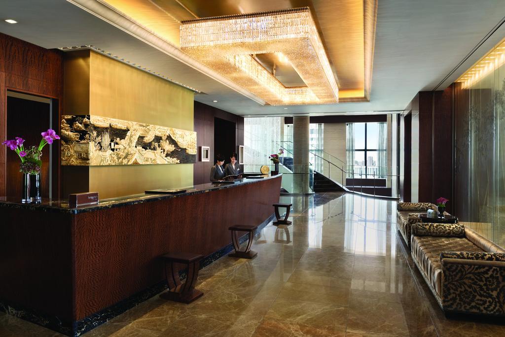 Shangri-La Hotel 3