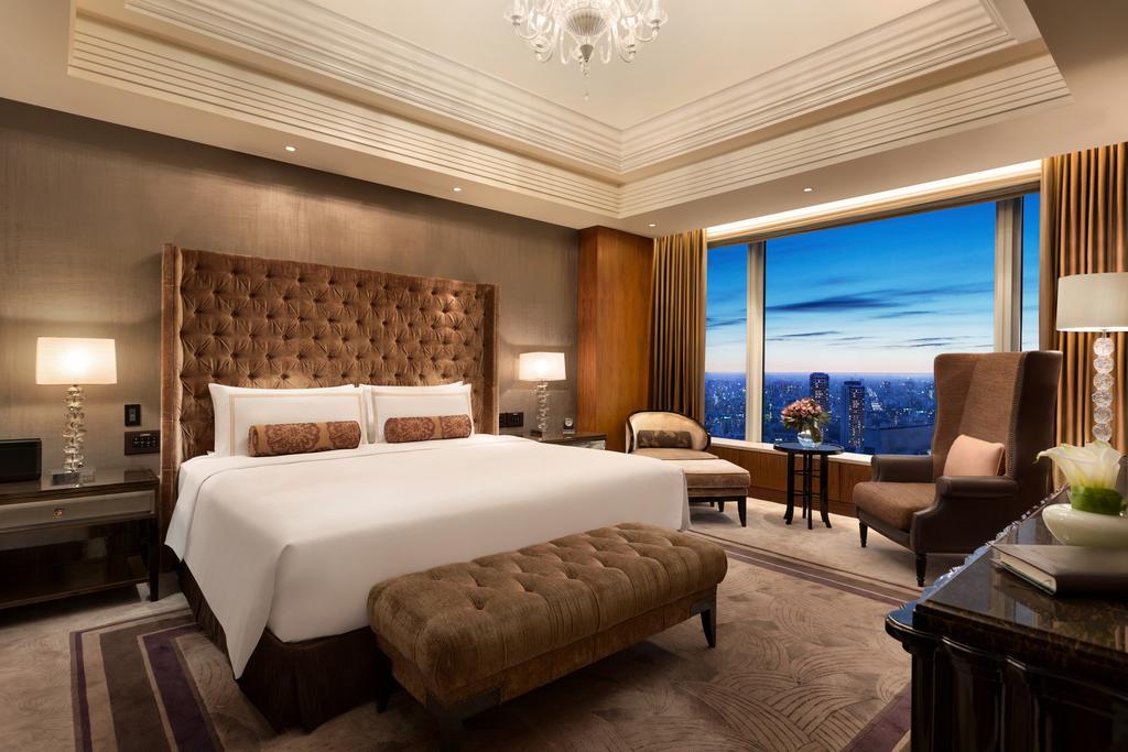 Shangri-La Hotel 9