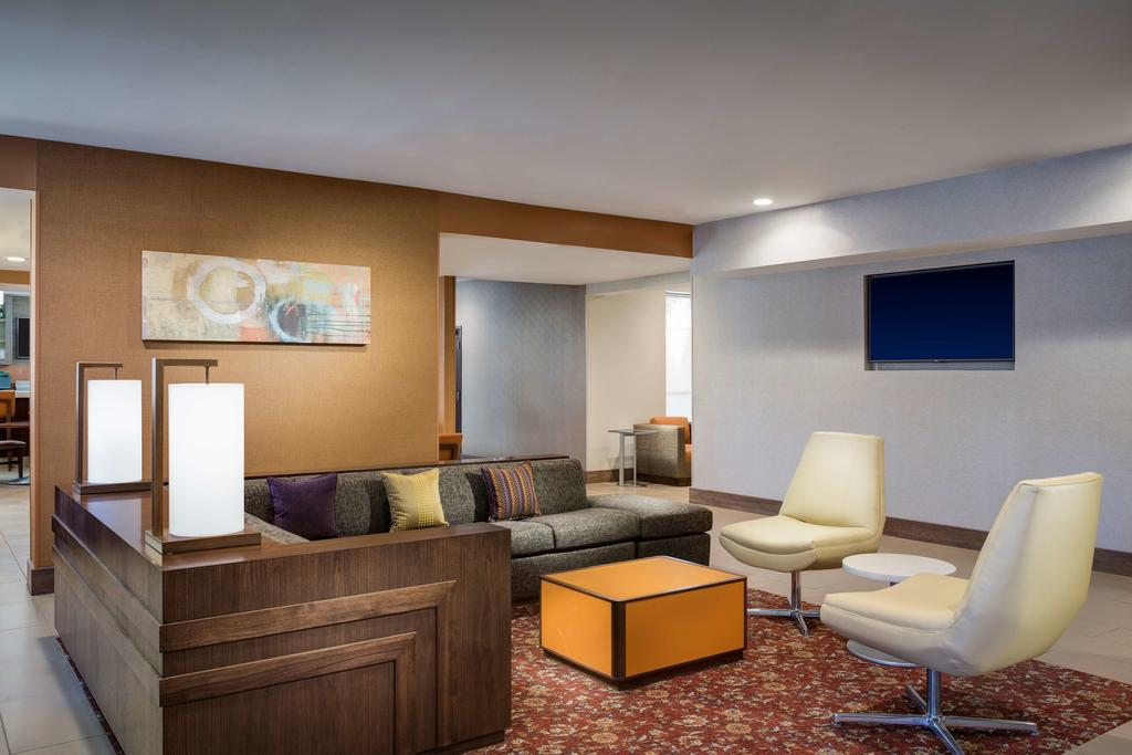 Hyatt House Dallas/Uptown 9