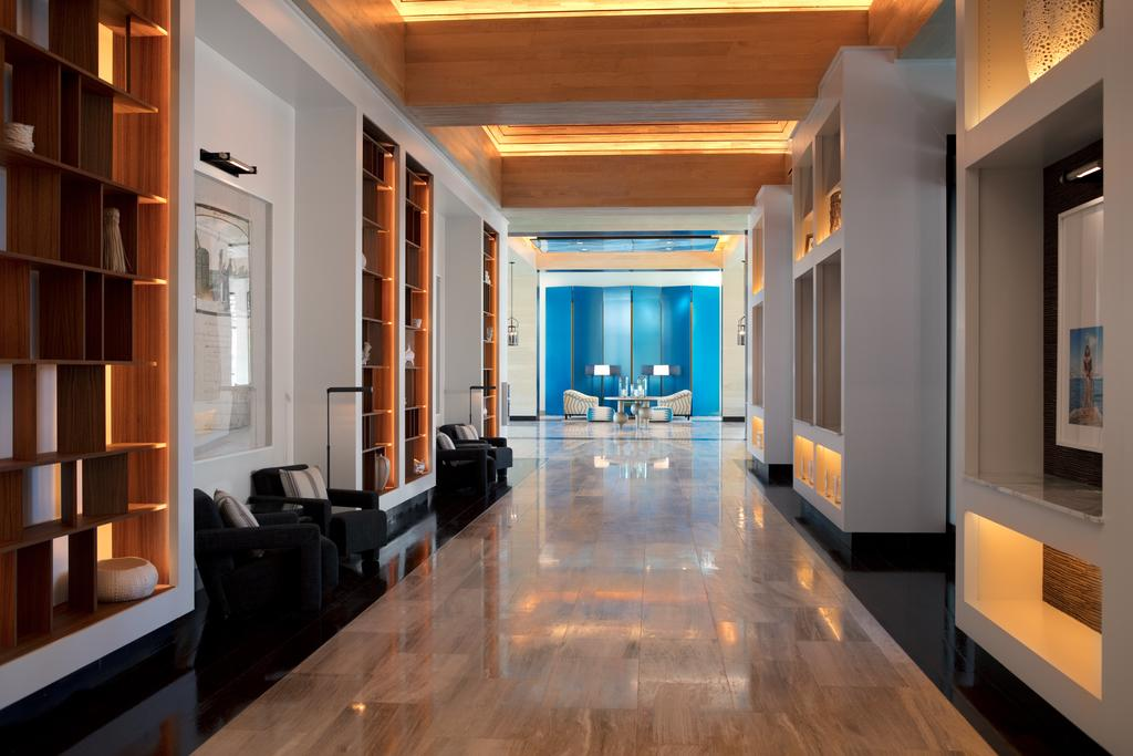 Kimpton Seafire Resort and Spa 9