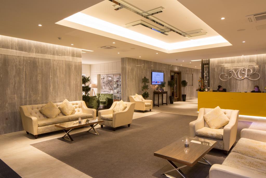 Menlo Park Hotel 2