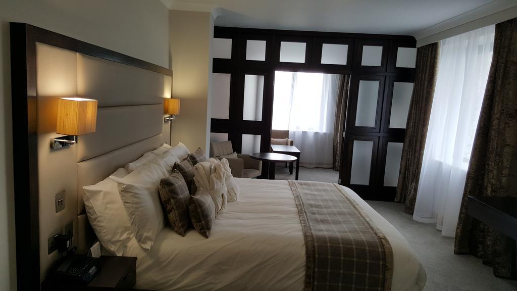 Menlo Park Hotel 7