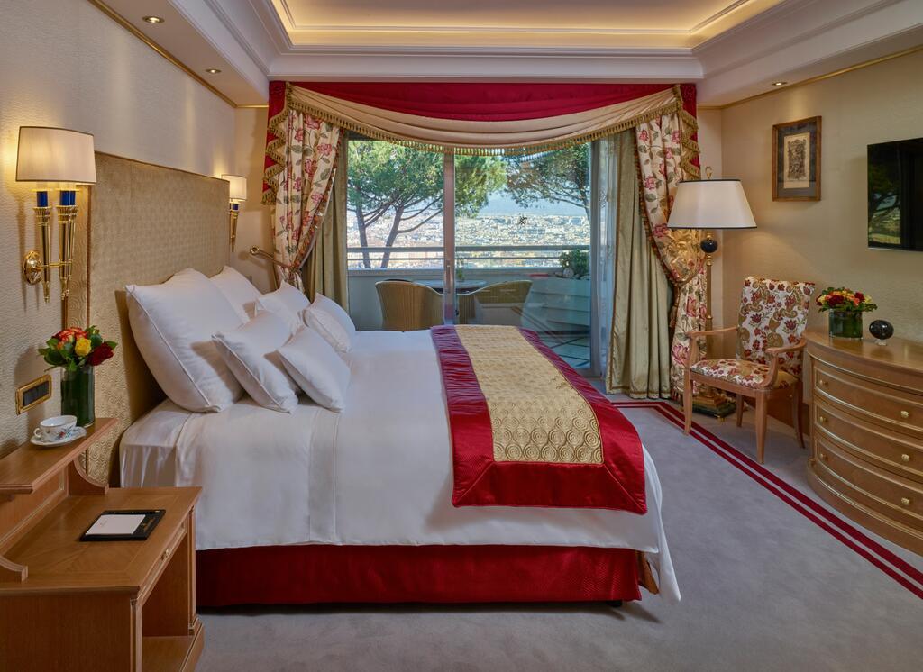 Rome Cavalieri, A Waldorf Astoria Hotel 8
