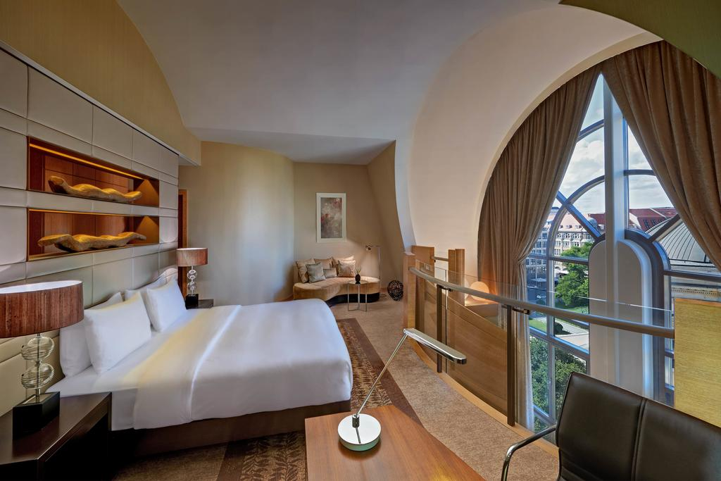 Hilton Berlin 12