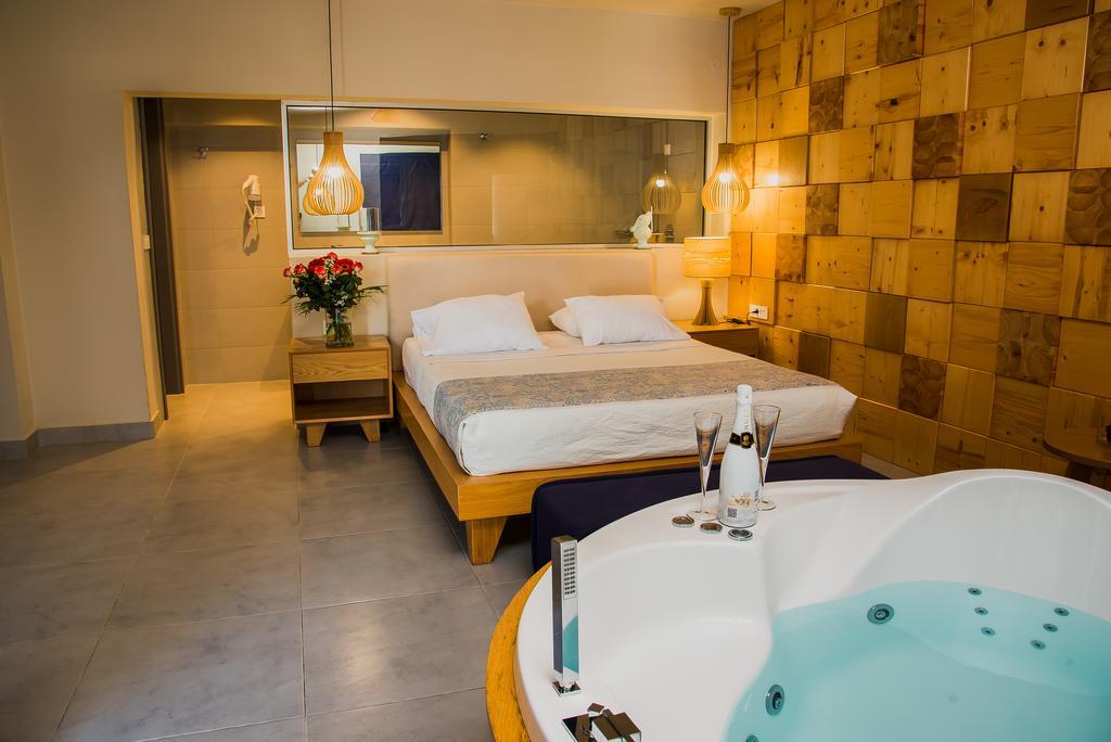 Elia Agia Marina Hotel, Chania 4
