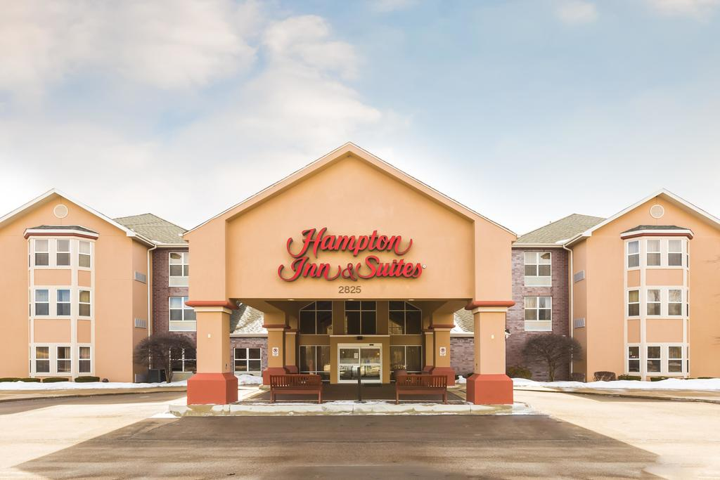 Hampton Inn & Suites Chicago/Hoffman Estates 1