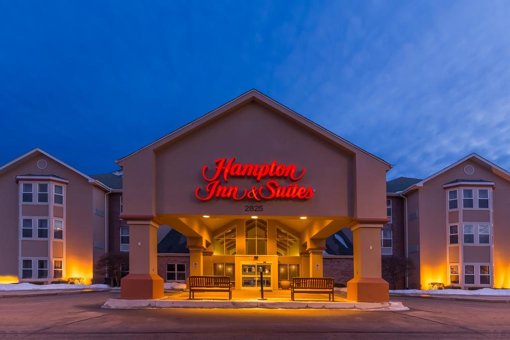 Hampton Inn & Suites Chicago/Hoffman Estates 10