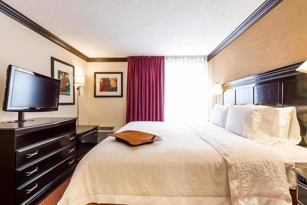 Hampton Inn & Suites Chicago/Hoffman Estates 2