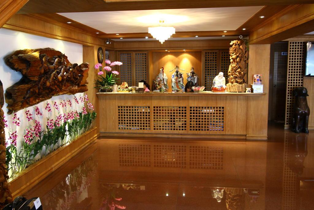 KC PLACE HOTEL PRATUNAM 4