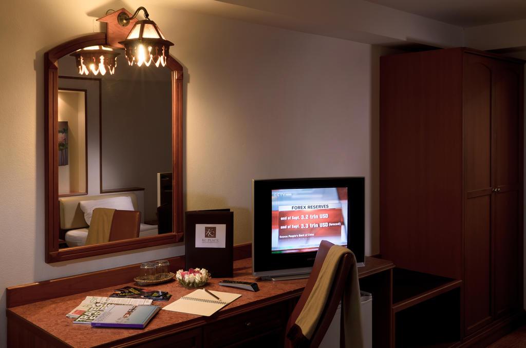 KC PLACE HOTEL PRATUNAM 6
