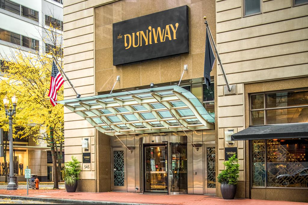 The Duniway Portland, A Hilton Hotel