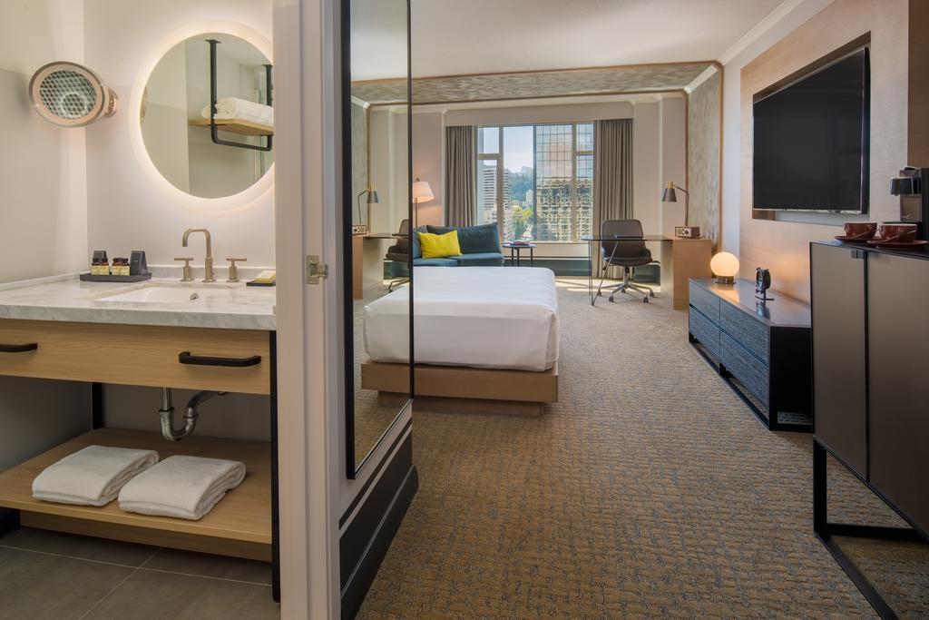The Duniway Portland, A Hilton Hotel 7