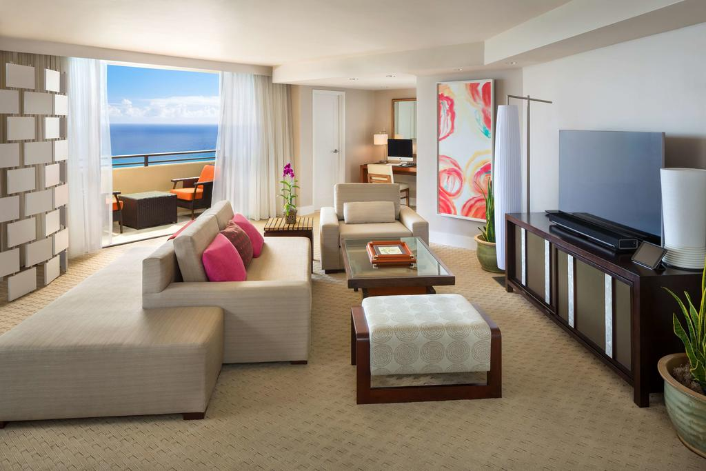 Hyatt Regency Waikiki Beach Resort & Spa 5