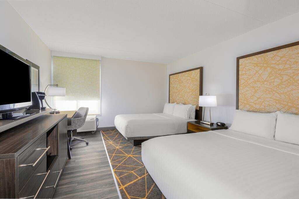 Holiday Inn la Mirada 10
