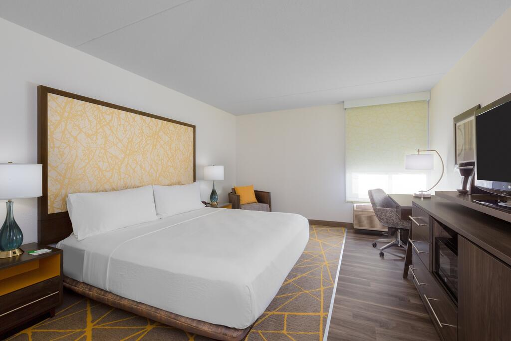 Holiday Inn la Mirada 2