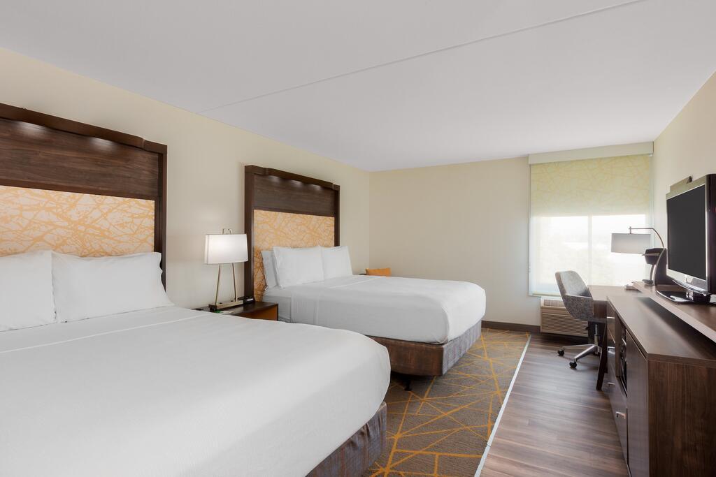 Holiday Inn la Mirada 3