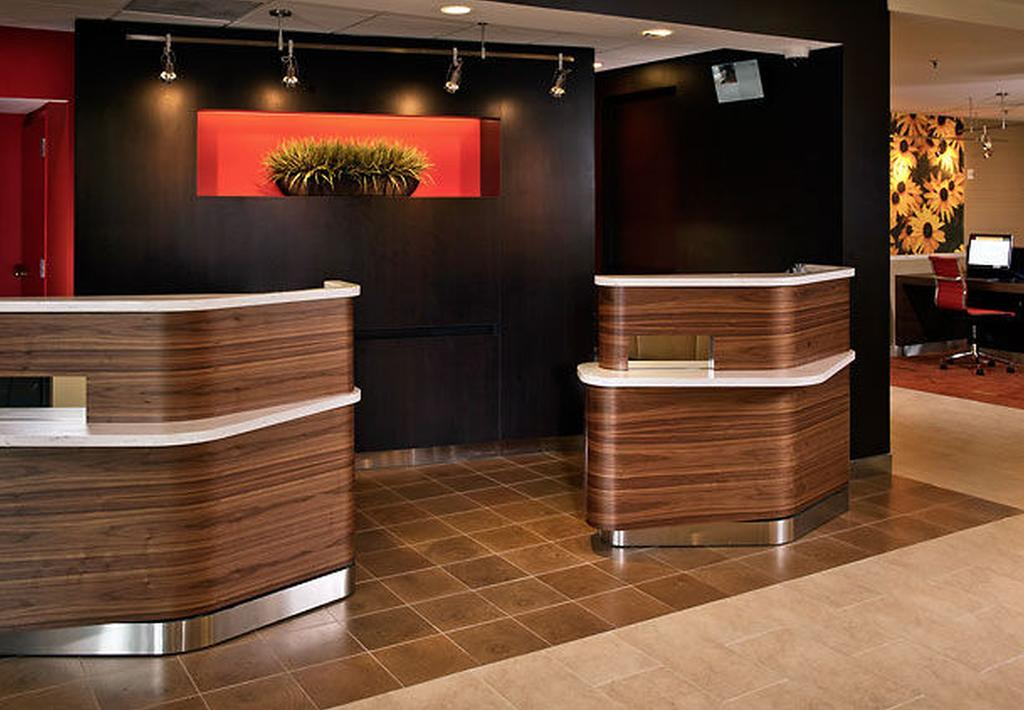 Courtyard by Marriott Silver Spring North/White Oak 2