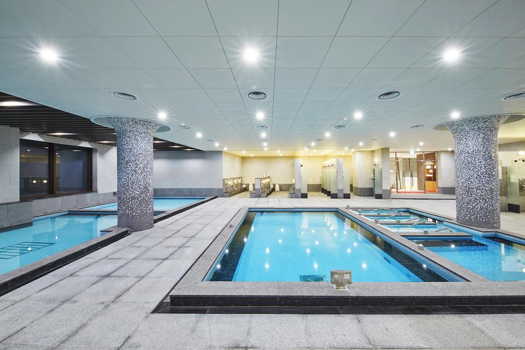 Ramada Hotel & Suites by Wyndham Gangwon Pyeongchang, Pyeongchang 9