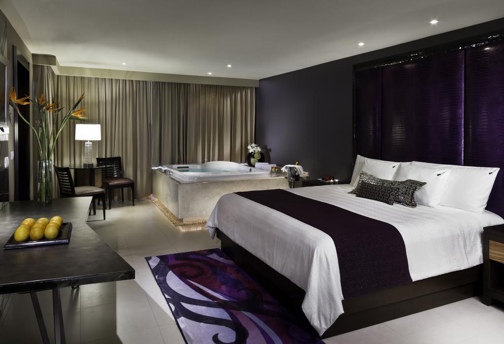 Hard Rock Hotel 9