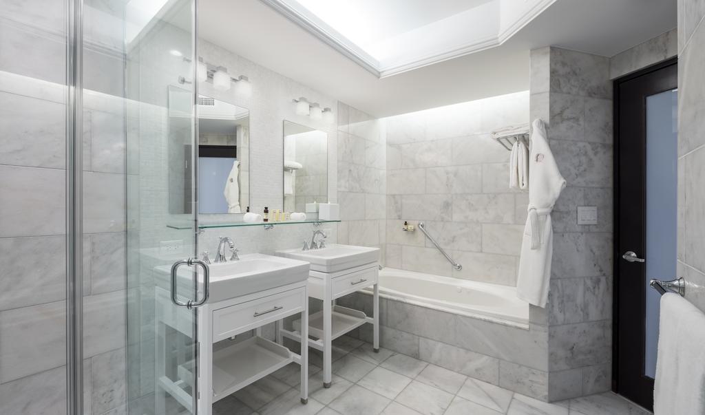Condado Vanderbilt Hotel 9