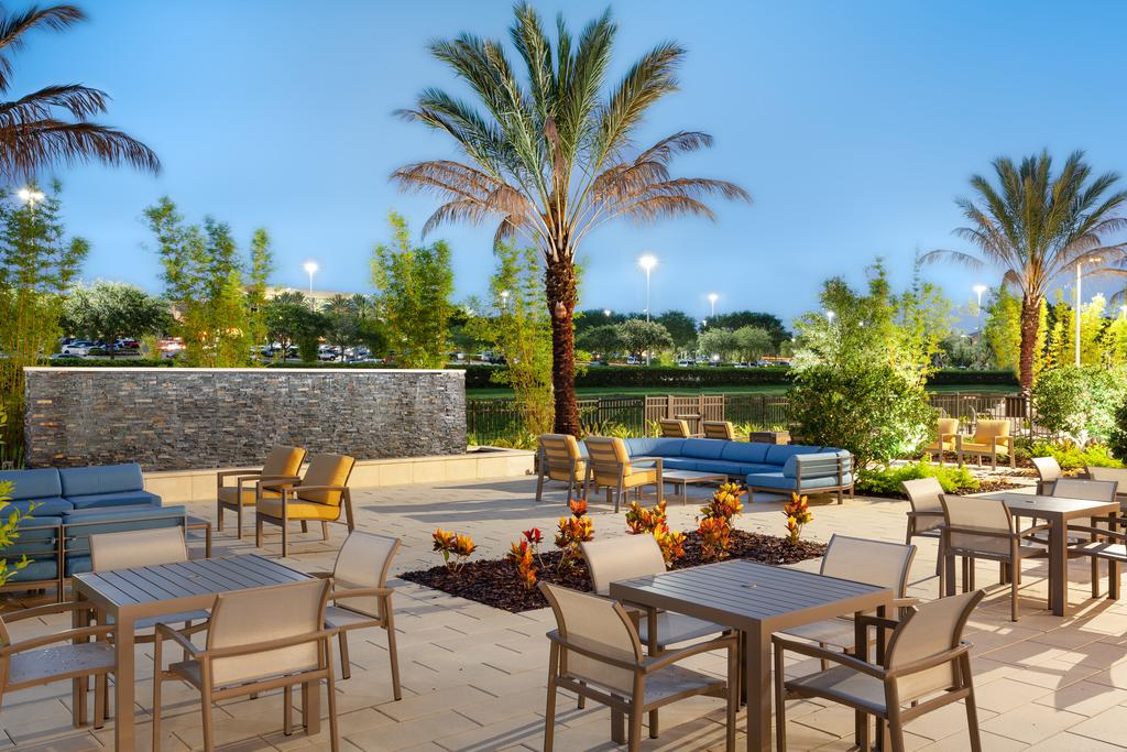 SpringHill Suites by Marriott Orlando at Millenia 4