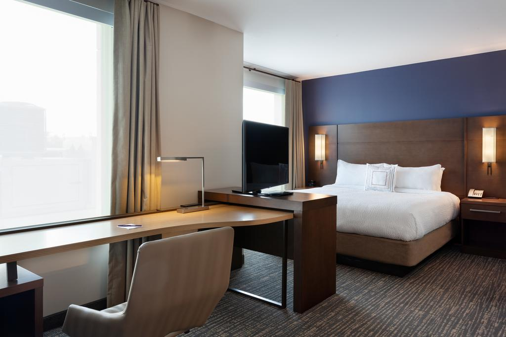 SpringHill Suites by Marriott Orlando at Millenia 8
