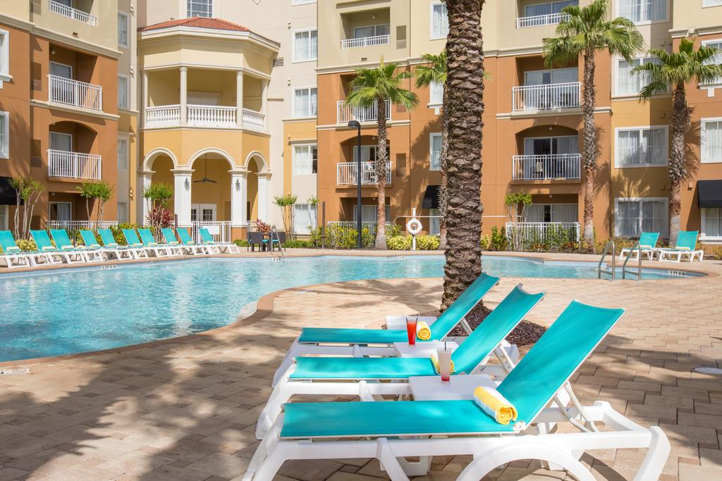 The Point Hotel & Suites, Orlando 10