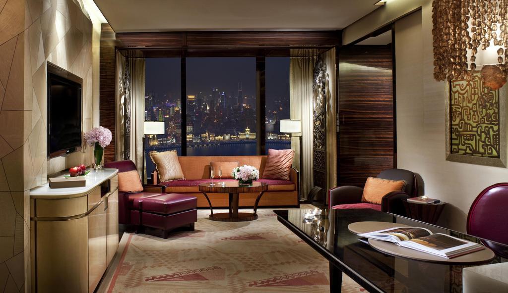 The Ritz-Carlton Shanghai, Pudong 3