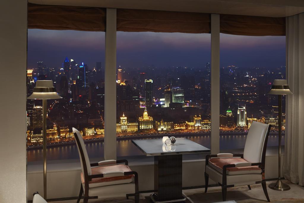 The Ritz-Carlton Shanghai, Pudong 5