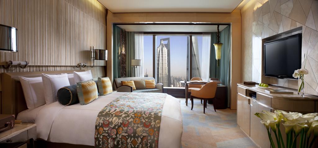 The Ritz-Carlton Shanghai, Pudong 6