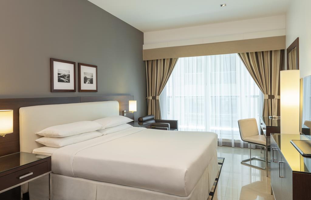 Four Points By Sheraton Sheikh Zayed Road 12